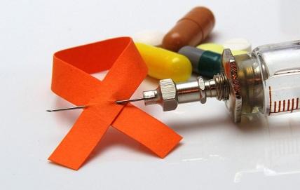 Через сколько времени проявляется ВИЧ (СПИД) после заражения