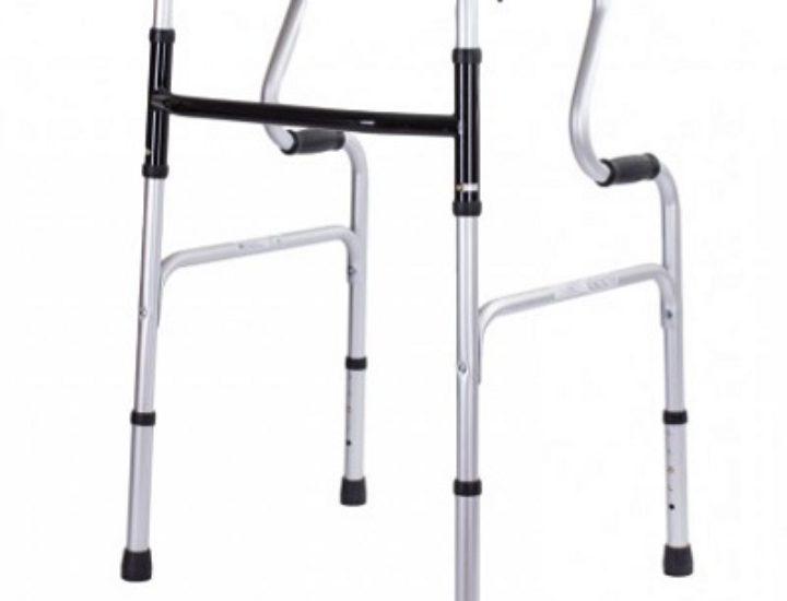 Какие лучше выбрать ходунки для пожилых людей